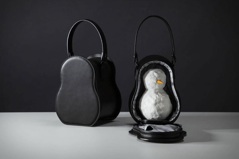 Chic Snowman-Carrying Bags : Leather Snowman Bag